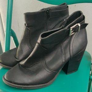 Soda Black Ankle Boots Women's Size 8